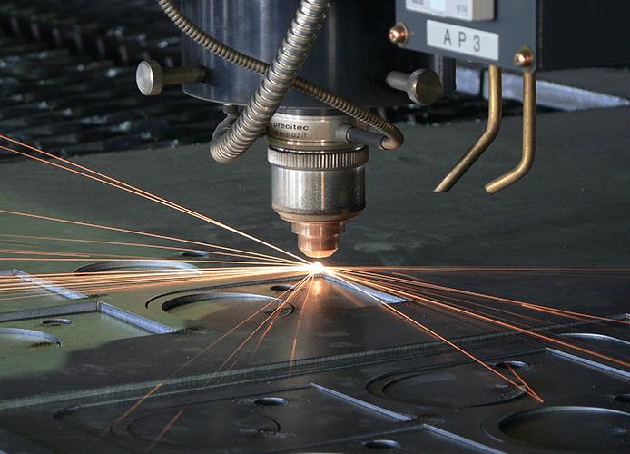 レーザー加工 | 富山鋼機株式会社